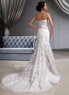 Trumpet/Mermaid Strapless Chapel Train Tulle Lace Wedding Dress With Beading (002022658) - JJsHouse