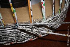 Материалы и инструменты Поделка изделие Плетение Малюсенький МК Бумага газетная Трубочки бумажные фото 4