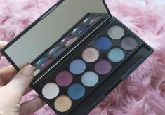 Sleek I-Divine Enchanted Forest Eyeshadow Palette - Review & Swatches Eyeshadow Basics, Eyeshadow Palette, Beauty Make Up, Enchanted, Swatch, Blush, Skin Care, Make It Yourself, How To Make