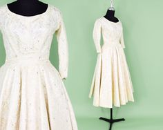 50s Wedding Dress  Ivory Lace Tea Length Cocktail Dress
