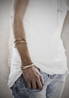 Denim and T-Shirt with golden cuffs