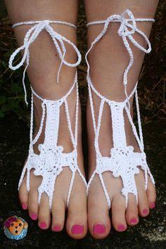 SICK LIL MONKEYS: He Walks With Me Barefoot Sandals - Free crochet pattern.