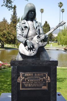 Johnny Ramone. Hollywood cemetery. Loud as you like Johnny, nobody's gonna hear you.