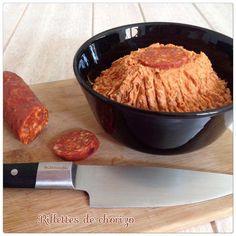 - Enlever la peau d'un chorizo puis le couper en rondelles (150g de chorizo environ). - Ensuite, mixer dans le blender le chorizo avec 150g de fromage frais type Saint Môret, 1 càs de concentré de tomate et 3 càs de coulis de tomate. - Ajouter ensuite...