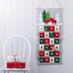 Are you interested in our advent calendar? With our advent you need look no further. Fabric Advent Calendar, Christmas Tree Advent Calendar, Christmas Bunting, Christmas Nativity Scene, Felt Christmas, Christmas Home, Christmas Crafts, Christmas Decorations, Nordic Christmas