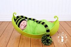 ***Crochet Munchkin Hat Pattern***