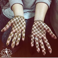 25 Easy And Beautiful Mehndi Designs For You To Shine The Brightest This Wedding Season