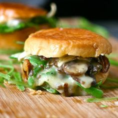 Green beans, mushrooms, and brie