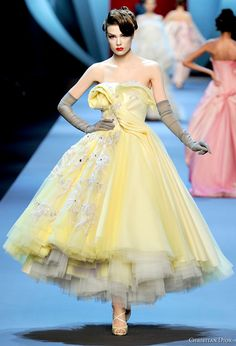 john galliano for christian dior, spring/summer 2011 Lemon yellow and whimsical!  Everything i totally dig in a dress. :D