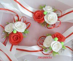 Satin Flowers, Diy Flowers, Corsage Wedding, Wrist Corsage, Rings For Girls, Flower Bracelet, Christmas Crafts For Kids, Flower Brooch, Flower Crafts
