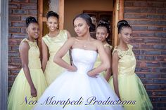 Bride and her bridesmaids. Mermaid Wedding, Bridesmaids, Wedding Photography, Weddings, Wedding Dresses, Fashion, Wedding Shot, Moda, Bodas