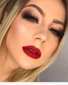 eye makeup simple in 2019 maquiagem noiva batom vermelho, maquiagem Cute Eye Makeup, Dramatic Eye Makeup, Red Lip Makeup, Dramatic Eyes, Makeup For Green Eyes, Glam Makeup, Love Makeup, Simple Makeup, Skin Makeup