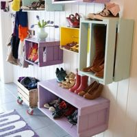 Awesome use of crates!    InteriorsPL - Inspiruje.Dekoruje.Motywuje - Galeria - Przedpokój