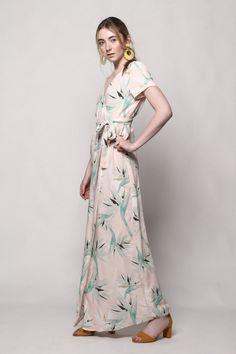 7a75ff5d25f4 Bird Of Paradise Print Bohemian Wrap Maxi Dress