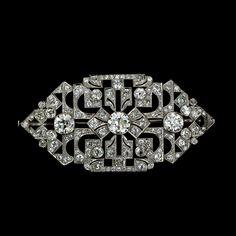Art Deco Platinum Diamond Three Stone Brooch - 50-1-2340 - Lang Antiques