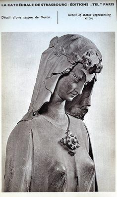 ok 1250 Katedra Notre-Dame - La Cathedral de Strasbourg Edition Tel 016 detail of statue representing virtue.jpg