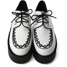 Creeper Platforms Shoes in White - is Ska style finally going to land? White Colour Shoes, White Shoes, Nike Fashion, Fashion Shoes, Fashion News, White Platform Shoes, Shoe Boots, Shoes Heels, Feminine Fashion