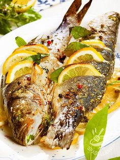 Italian Food on the Go Baked Whole Fish, Whole Fish Recipes, Healthy Cooking, Cooking Recipes, Fish Pasta, Fish Dinner, Food Test, Fried Fish, Carne