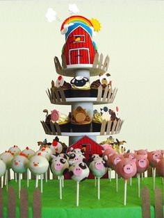 Farm Animal Cake Cupcakes and Cake Pops