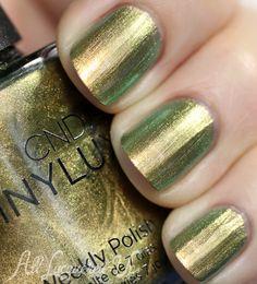 CND VINYLUX Weekly Nail Polish Review