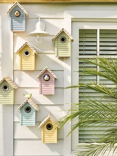 When it comes to birds, avid watchers know that you can never have too many bird houses in your yard. Birds appreciate these items during the nesting and migration seasons, which can just about cover the entire year in some areas. Bird Houses Painted, Bird Houses Diy, Homemade Bird Houses, Garden Art, Garden Design, Home And Garden, Big Garden, Bird House Feeder, Bird Feeders