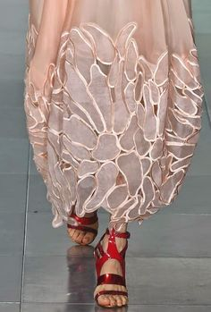 patternprints journal: PRINTS, PATTERNS AND SURFACES FROM LONDON FASHION WEEK (WOMAN COLLECTIONS SPRING/SUMMER 2015) / 4