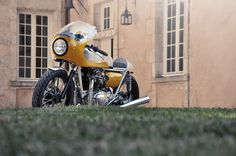 Kawasaki W650 Racer by FCR ~ Return of the Cafe Racers
