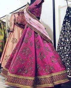 New party dress wedding guest receptions Ideas Pink Bridal Lehenga, Designer Bridal Lehenga, Red Lehenga, Indian Lehenga, Lehenga Choli, Wedding Lehanga, Sikh Wedding, Saree Wedding, Wedding Wear