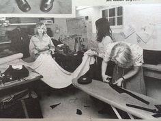 Momentaufnahme 1975 in einer Schneiderei (Quelle: Bild am Sonntag, 22.12.2013)