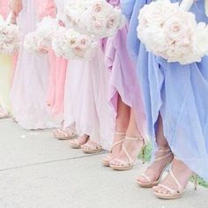 Pretty maids all in a row x #dessy #bridesmaid #realweddings #pastels #dessygroup #bridesmaids