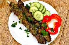 Garlic and Herb Greek Lamb Kebabs - Serve with tzatziki and greek salad Kebab Recipes, Grilling Recipes, Paleo Recipes, Real Food Recipes, Cooking Recipes, Paleo Food, Paleo Ideas, Real Foods, Yummy Recipes
