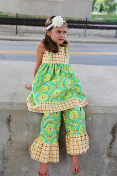 love the colors and ruffle pants.