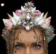 This Woman Wore Shell Crowns To Cover Up A Scar. Now Everyone Wants One.