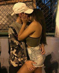 Do it slowly 💗 Couple Goals Teenagers, Cute Couples Goals, Couples In Love, Couple Tumblr, Tumblr Couples, Relationship Goals Pictures, Cute Relationships, Photo Couple, Love Couple