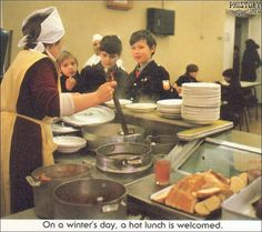 USSR 1987 - The lunch time in schools