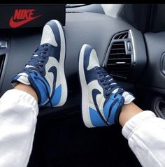 Sneakers Mode, Sneakers Fashion, Fashion Shoes, Shoes Sneakers, Sneakers Nike Jordan, Fashion Purses, Kd Shoes, Swag Shoes, Yeezy Shoes