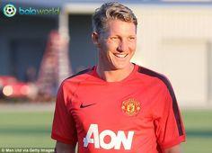 Bastian Schweinsteiger Pemain Jerman Pertama Manchester United - Bola World - Game Online Bola - Dilansir dari Mirror, Bastian Schweinsteiger, yang baru saja merampungkan kepindahannya dari Bayern Munich ke Manchester United menyatakan kebanggaannya menjadi pemain Jerman pertama di skuad Red Devils.