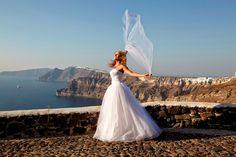 #Santorini #Wedding #love #Romance  Photo credits: @LovWeddingsInSantorini