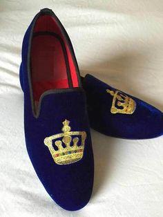 Handmade men velvet loafer embroidered slippers, Mens blue velvet shoes - Slippers