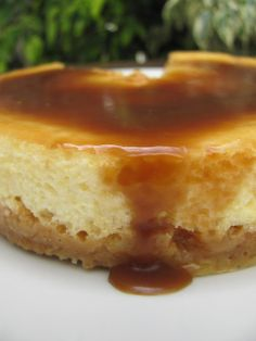 The Gorgeous Gourmet: Recipe : Salted Caramel Cheesecake