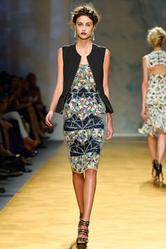 Nicole Miller Spring 2014 Ready-to-Wear Fashion Show