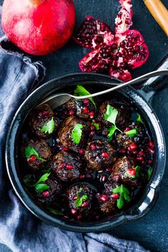 moroccan meatballs with pomegranate glazeReally nice recipes.  Mein Blog: Alles rund um die Themen Genuss & Geschmack  Kochen Backen Braten Vorspeisen Hauptgerichte und Desserts