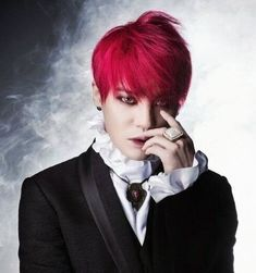 JYJ's Junsu sings powerful new song for 'Dracula' the musical