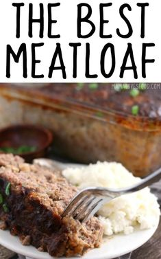 RECIPE - Our meatloaf recipe is a classic comfort food, easy and delicious to make. Meatloaf Recipe With Crackers, Meatloaf Recipes, Meat Recipes, Gourmet Recipes, Cooking Recipes, Dinner Recipes, Entree Recipes, Dinner Dishes, Copycat Recipes