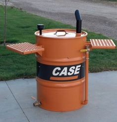 Rib Digger shelves up Barrel Smoker, Oil Barrel, Metal Barrel, Diy Smoker, Homemade Smoker, Bbq World, Pit Barrel Cooker, Ugly Drum Smoker, Bbq Equipment