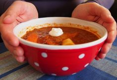 Chana Masala, Chili, Soup, Ethnic Recipes, Red Peppers, Chile, Soups, Chilis
