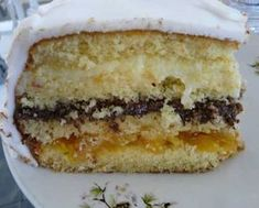 Birthday or Wedding Cake Recipe: 7 Delicious Recipes! Other Recipes, Sweet Recipes, Cake Recipes, Köstliche Desserts, Delicious Desserts, Yummy Food, Food Cakes, Cupcake Cakes, Brazillian Food