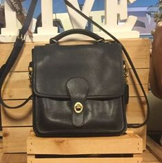 2c44247b1a Vintage COACH Black Leather Station Shoulder Crossbody Bag Satchel B2P-5130