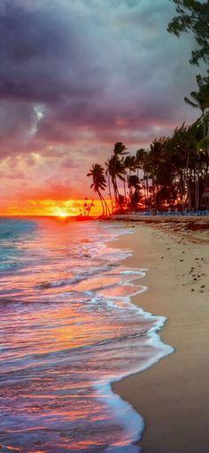 Family Holiday Destinations Around The World Visto do pôr do sol De porto rico. (Beauty Landscapes)Visto do pôr do sol De porto rico. Beautiful Sunset, Beautiful Beaches, Beautiful Scenery, Family Holiday Destinations, Family Vacations, Travel Destinations, Porto Rico, Nature Pictures, Pretty Pictures
