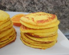 Panquecas de Laranja e Iogurte [Paleo. Sem Glúten, Sem Açúcar Refinado] – Sejam Saudáveis, Sejam Felizes Paleo Recipes Easy, Sweet Recipes, Paleo Meals, Quick Snacks, Quick Easy Meals, How To Cook Rice, Good Food, Food And Drink, Favorite Recipes
